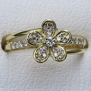 母の日 2019 指輪ダイヤモンド リング K18ゴールド 指輪 プレゼント ジュエリー 花