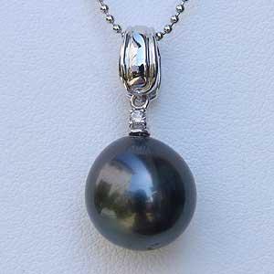 母の日 2019 真珠 タヒチ黒蝶真珠 パール ペンダントトップ グリーン系 ドロップ形 11mm ブラックパール 黒真珠