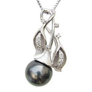 真珠 ブラックパール ペンダントトップ タヒチ黒蝶真珠 K18WG ホワイトゴールド 真珠の直径11mm グリーン系 ダイヤモンド 12石 計0.12ct ペンダントトップ