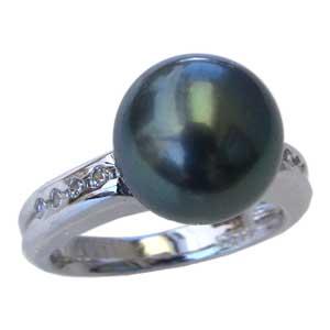 母の日 2019 真珠パール リング タヒチ黒蝶真珠 PT900 プラチナ ダイヤモンド 8石 合計0.15ct 真珠の径 11mm グリーン系 6月誕生石 指輪