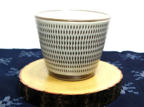感謝価格 小石原焼き シンプルな飛びかんなのカップ 和食器 福岡県伝統工芸品小石原焼 手作り 正規品 蔵人窯 コップ飛びかんな 多様カップ