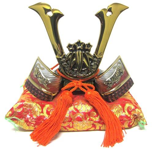 日本製 和風インテリア端午の節句 五月人形 兜飾り高岡伝統美術工芸品 出世兜名将兜 源義経公兜