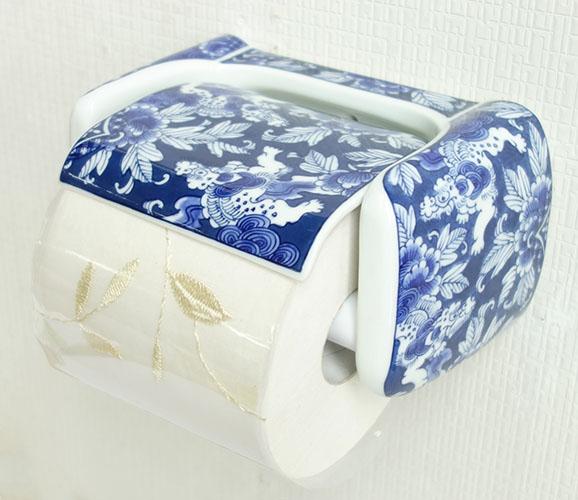 【送料無料】【即納可!!】新入荷しました♪有田焼 陶器 ペーパーホルダー染付七宝獅子絵 青色