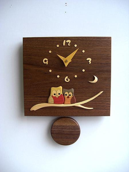 【即納可】再入荷致しました♪【送料無料!!】国産品 木製 ウォールナット振り子時計 ふくろう