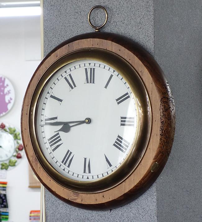 【送料無料】イタリア製  掛け時計アンティーク調
