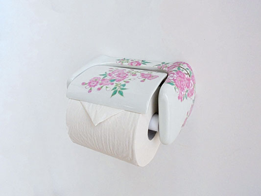 【即納可】再入荷しました♪【送料無料!!】有田焼 陶器 ペーパーホルダー染錦桜絵 ピンク