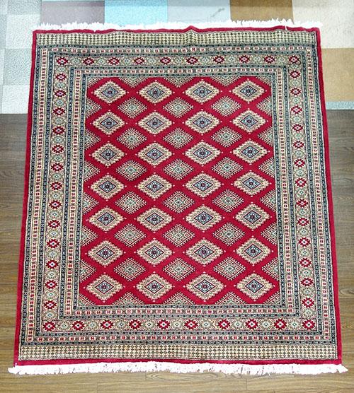【送料無料!!】【即納可!!】新入荷しました♪パキスタン 手織り絨毯 レッドサイズ:約203×251cm