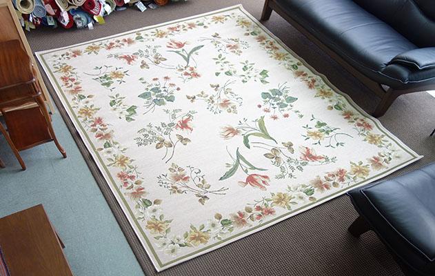 【送料無料!!】【即納可!!】ベルギー製 カーペット 絨毯 アルマ約200x250cm ベージュ フラワー 花柄