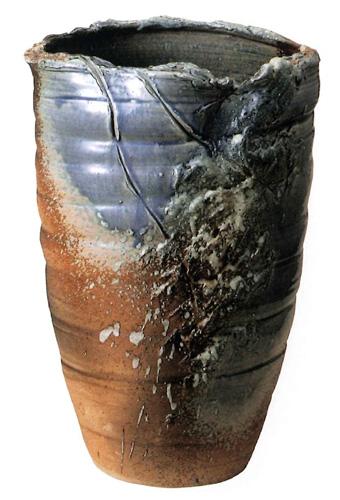 【送料無料】信楽焼 傘立て サイズ:W34×D30×H51(cm) 【北海道・沖縄・離島の送料は別途見積り】※手作り品のため、色・形・大きさ等が少々変わってしまう場合があります。シンプルモダン 和風 アジアンテイスト 伝統 工芸品 焼き物【smtb-MS】