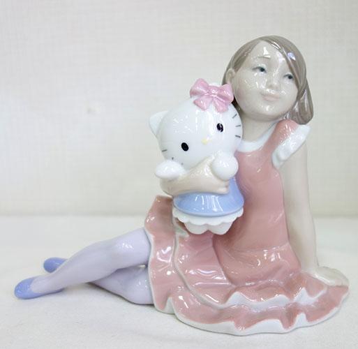【送料無料!!】【即納可!!】新入荷しました♪スペイン「リヤドロ社」シスターブランドNAOナオ 磁器製 そばにいてね ハローキティサンリオ Hello Kitty スペシャルコラボレーション