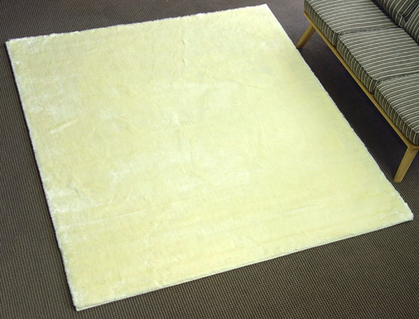 【送料無料!!】【即納可!!】新入荷しました♪ラグカーペット プレシャスファー 190×240cm アイボリー日本製 消臭機能 ミンクタッチ 絨毯
