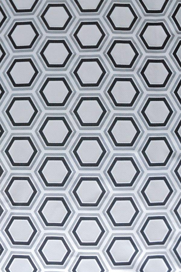 カーテン オーダーカーテン 送料無料 高級 フランス製 六角形袋織 「ヘキサゴン グレー」 2倍ヒダ 巾(301~400cm)×丈(~210cm)新築 マンション かけ替え 掛替 1枚(片開き)/2枚セット(両開き)選択可能