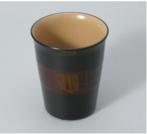 「天然抗菌素材」による安全安心食器作家と職人の技、重ね重ねて「約130工程」 ご注文後製造します(約1ヶ月) 輪島塗・モダンカップ(中サイズ 72×H88)