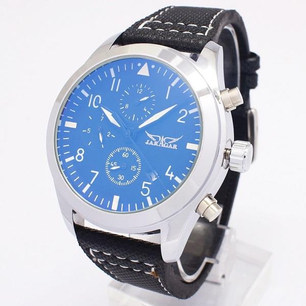 男性 腕時計 自動巻き 送料無料日付表示と曜日表示さらに月表示までもが付いたトリプルカレンダー搭載で機能面も充実のモデル