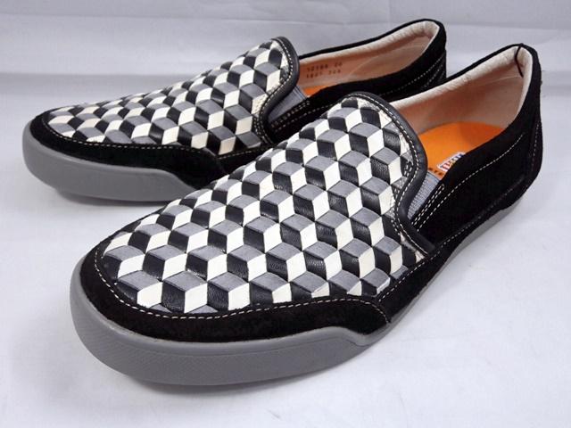 18年秋 お買い得品 個性派カステルバジャックの真骨頂 幾何学柄スリポン登場 ファクトリーアウトレット CASTELBAJAC カステルバジャック 本革モノトーンスリポンスニーカー 幾何学模様 12198 靴 メンズ ブラック