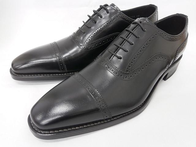 大ヒット定番商品の 最後の1足 展示品ですので右足にごく僅か?な履きシワがございます 新品 店頭展示品 26.0cm 即日発送 セミブローグ11GR REGAL 送料無料 ブラック 当店一番人気 メンズ靴 リーガル