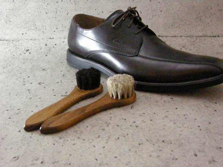 馬毛使用の靴用ブラシ(ハンドルブラシ)Columbus コロンブス ジャーマンブラシ 良質な馬毛ブラシ(ドイツ製)靴 シューズ