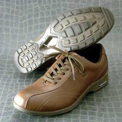 ハイパーライトソールで超軽量ストレッチ素材で足に楽々フィット!【YONEX】ヨネックスMC30 ブラウン(メンズ)軽い疲れにくいウォーキングシューズ「靴」