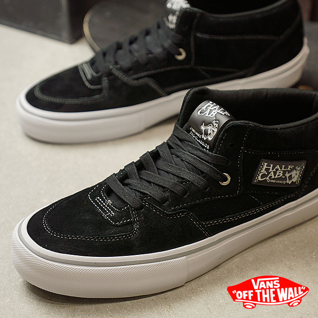 ccd73aa383 Model BLACK SILVER (VN0A38CPPHC FW17) of the 25th anniversary of the VANS  vans sneakers men PRO SKATE Pross Kate HALF CAB PRO 25th half cab pro