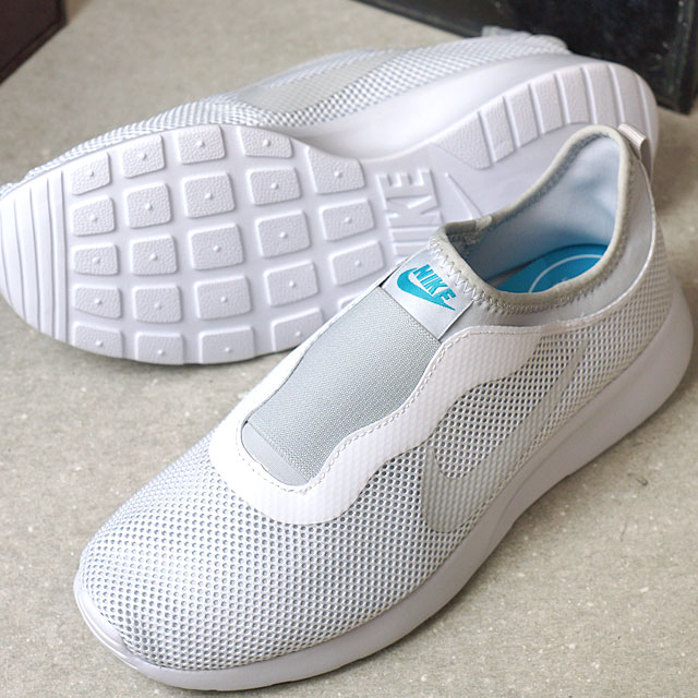 NIKE Nike Lady s WMNS TANJUN SLIP women tongue Jun slip slip-ons white    pure platinum  C blue (902 7a92914ea