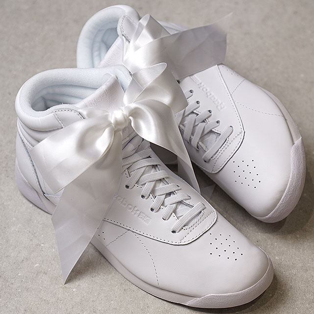 e3ce8b2640f Reebok CLASSIC Reebok classical music sneakers Lady s F S HI SATIN BOW free-style  satin bow tie white  S gray (CM8903 SS18)