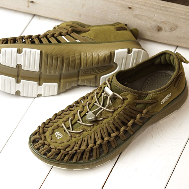 キーン KEEN スニーカー ユニーク オーツー M UNEEK O2 (1017854 FW17) メンズ スポーツサンダル キャンプ アウトドア 靴 DARK OLIVE/FIR GREEN カーキ系【ts】【e】