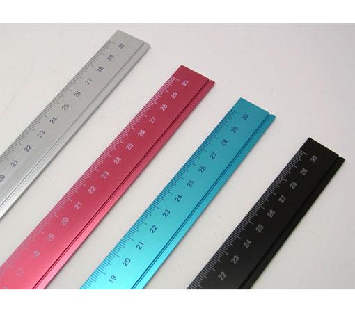 アルミ定規 30cm☆ミニマルデザインの機能美。アルミ削りだし定規☆スリップオン☆DAR-4802