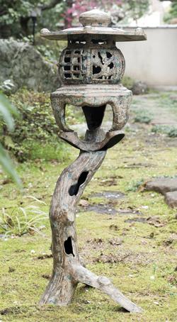 高岡銅器 鉄製『枯木灯籠』【庭・置物】【通販・販売】