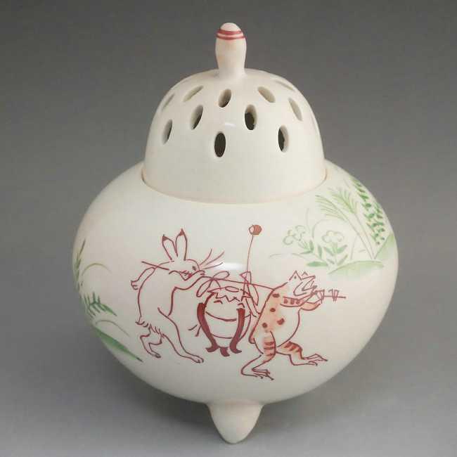 プレゼント贈り物ギフトにおすすめ 鳥獣戯画の中でも珍しい香炉 贈り物にも最適です 京焼 清水焼 セール価格 新色追加して再販 御本高山寺香炉 敏也
