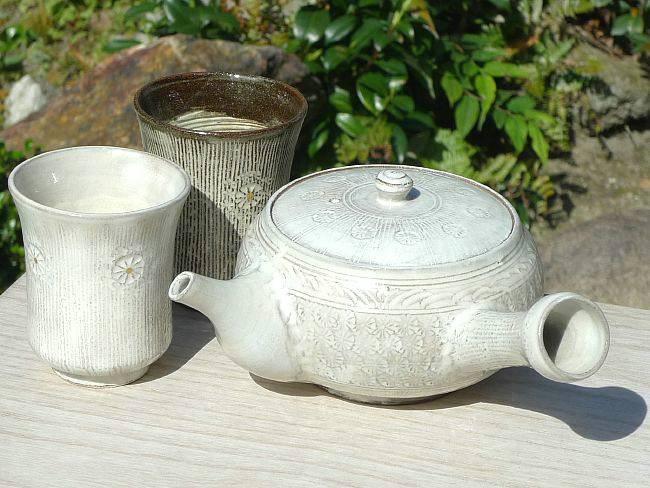 京焼  清水焼 白印花茶の間セット 黒白