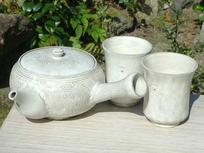 京焼  清水焼 白印花茶の間セット 白白