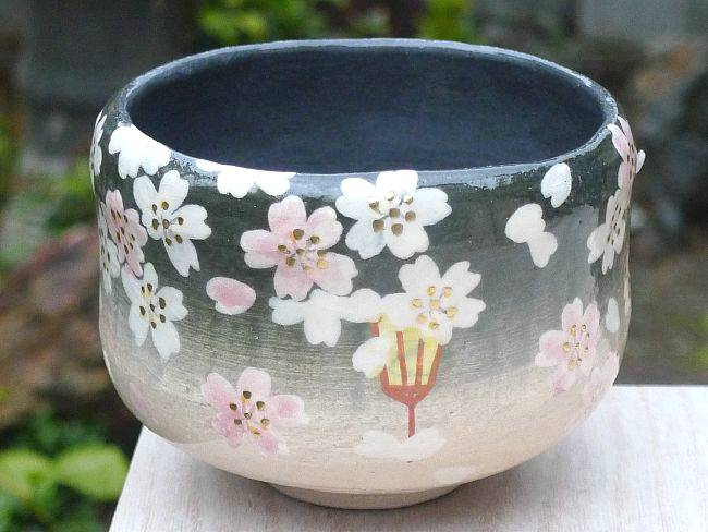 京焼  清水焼 楽茶碗 宵桜 楽入