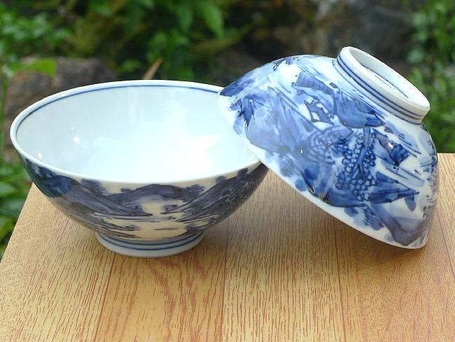 プレゼント贈り物ギフトにおすすめ 京焼清水焼 白地に藍の山水が美しいご飯茶碗 京焼 爆買い送料無料 芳山 清水焼 割引 染付山水夫婦茶碗