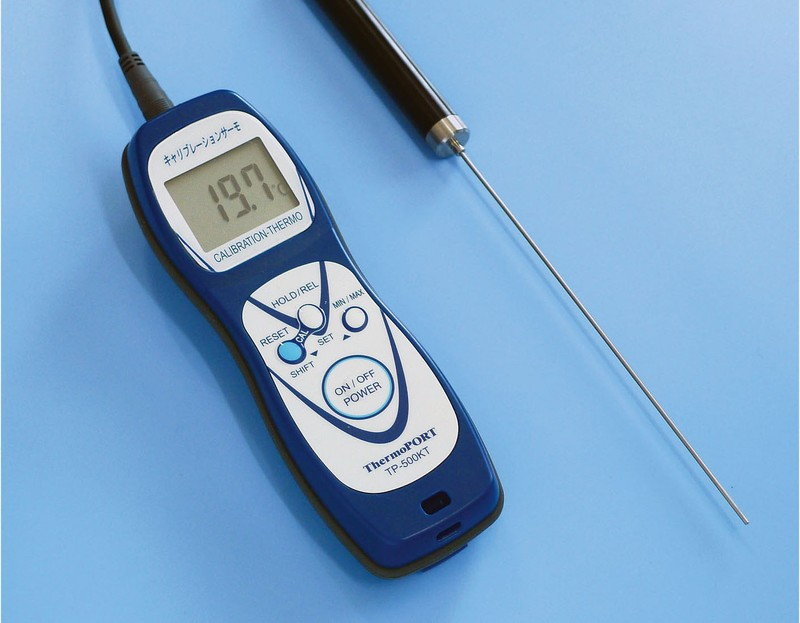 [TKG16-0550] ハンディ温度計 キャリブレーションサーモ  TP-500KT標準センサ付