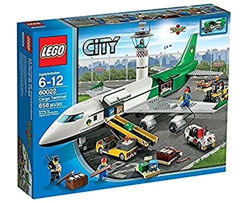 レゴ シティ 6024978 【送料無料】LEGO City 60022 Cargo Terminal Toy Building Set (Discontinued by manufacturer)レゴ シティ 6024978