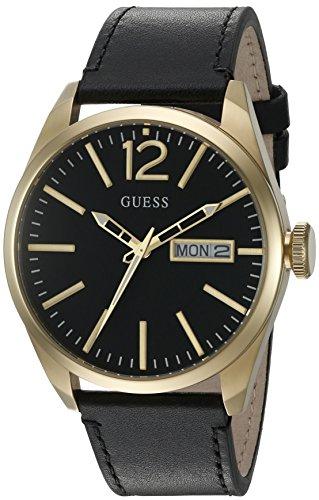 ゲス GUESS 腕時計 メンズ U0658G5 【送料無料】GUESS Men's U0658G5 Trendy Gold-Tone Stainless Steel Watch with Day & Date Dial and Black Strap Buckleゲス GUESS 腕時計 メンズ U0658G5