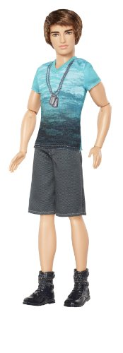 バービー バービー人形 ファッショニスタ 日本未発売 X7875 Barbie Fashionista Ken Doll with Blue T-Shirt and Navy Shortsバービー バービー人形 ファッショニスタ 日本未発売 X7875