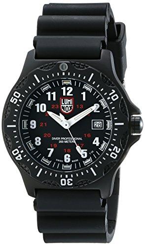 腕時計 ルミノックス アメリカ海軍SEAL部隊 ミリタリーウォッチ メンズ 8401 【送料無料】Luminox Men's 8401 Black Ops Watch腕時計 ルミノックス アメリカ海軍SEAL部隊 ミリタリーウォッチ メンズ 8401