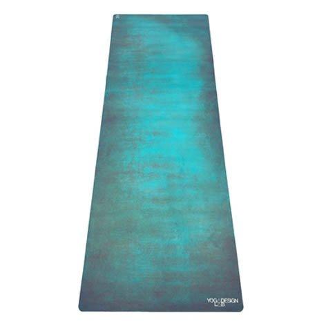ヨガマット フィットネス 0646648208103 The Combo Yoga Mat. Luxurious, Non-Slip, Mat/Towel Designed to Grip Better w/Sweat! Machine Washable, Eco-Friendly (Aegean, 70 x 24)ヨガマット フィットネス 0646648208103