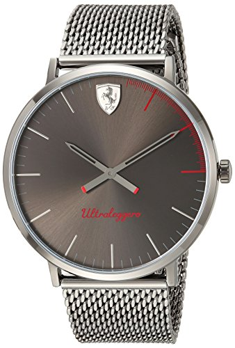 フェラーリ 腕時計 メンズ 0830406 【送料無料】Scuderia Ferrari Men's ULTRALEGGERO Ultra Slim Quartz Watch with Resin Strap, Grey, 20 (Model: 0830406)フェラーリ 腕時計 メンズ 0830406