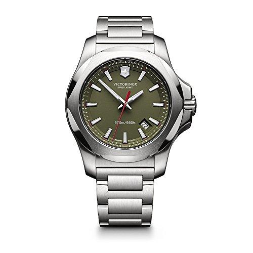 ビクトリノックス スイス 腕時計 メンズ 241725.1 【送料無料】Victorinox Swiss Army Men's 241725.1 I.N.O.X. Watch with Green Dial and Stainless Steel Braceletビクトリノックス スイス 腕時計 メンズ 241725.1