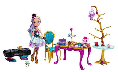 エバーアフターハイ 人形 ドール BJH36 Ever After High Hat-Tastic Madeline Hatter Doll and Party Display (Discontinued by manufacturer)エバーアフターハイ 人形 ドール BJH36