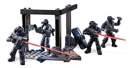 メガブロック コールオブデューティ メガコンストラックス 組み立て 知育玩具 DXB61 Mega Construx Call of Duty Night Ops Blackout Squad Building Kitメガブロック コールオブデューティ メガコンストラックス 組み立て 知育玩具 DXB61