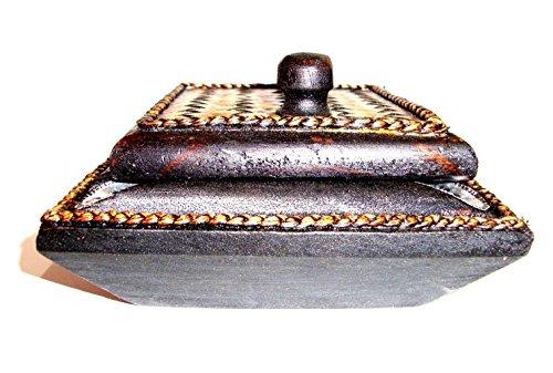 灰皿 海外モデル アメリカ 輸入物 【送料無料】touchable dream Ashtray Thai Carved Handicraft Square Mango Wood with Elephant Silver Plated and Covered by Bamboo with Lid Wooden Ashtray灰皿 海外モデル アメリカ 輸入物