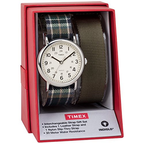 タイメックス 腕時計 レディース TWG015300 Timex Women's TWG015300 Weekender 38 Green Plaid Nylon Slip-Thru Strap Watch Gift Set + Olive Nylon Strapタイメックス 腕時計 レディース TWG015300