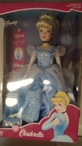 シンデレラ ディズニープリンセス Disney Princess Cinderella 16 Porcelain Doll 2001 by BK Collectiblesシンデレラ ディズニープリンセス