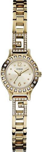 ゲス GUESS 腕時計 レディース W0411L1 Guess Women's W0411L1 Quartz Watch with Silver Dial Analogue Display and Silver Stainless Steel Braceletゲス GUESS 腕時計 レディース W0411L1