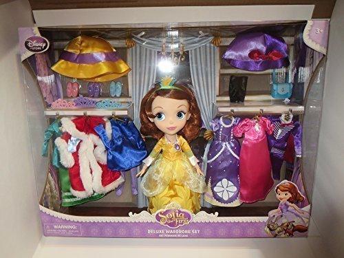 ちいさなプリンセス ソフィア ディズニージュニア 【送料無料】Disney Sofia the First Deluxe 25+ piece Wardrobe Set - 6 different outfits by Disney Interactive Studiosちいさなプリンセス ソフィア ディズニージュニア