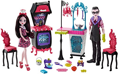 モンスターハイ 人形 ドール FCV75 Monster High Monster Family Vampire Kitchen Playset & 2-Pack Dollsモンスターハイ 人形 ドール FCV75
