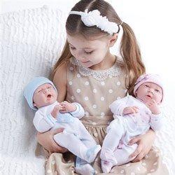 ジェーシートイズ 赤ちゃん おままごと ベビー人形 18055; 18056 JC Toys Realistic Twin with Pajamas Girls Baby Dollsジェーシートイズ 赤ちゃん おままごと ベビー人形 18055; 18056